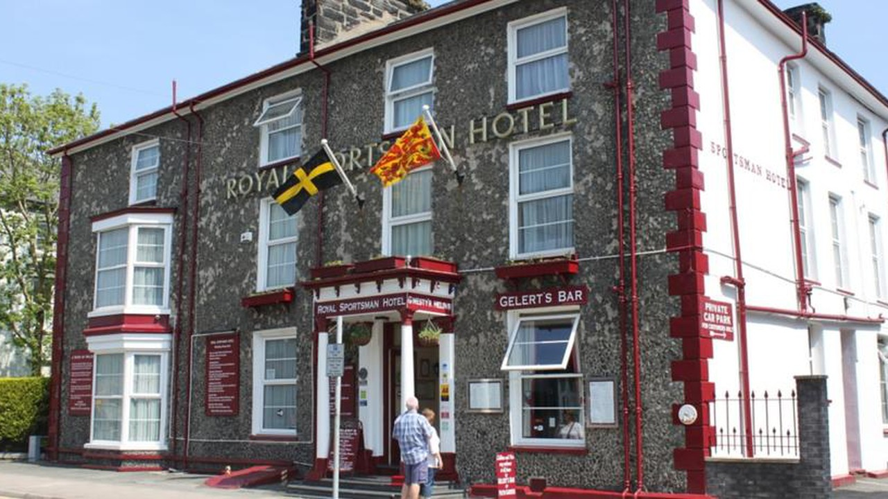 The Royal Sportsman Hotel